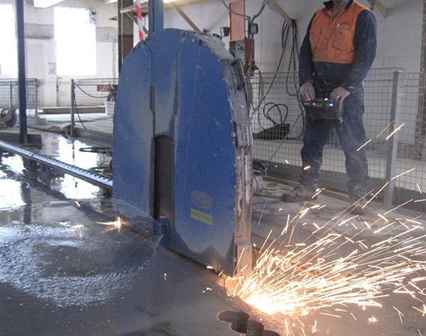 Reinforced Concrete Cutting Sydney Hand Sawing Road